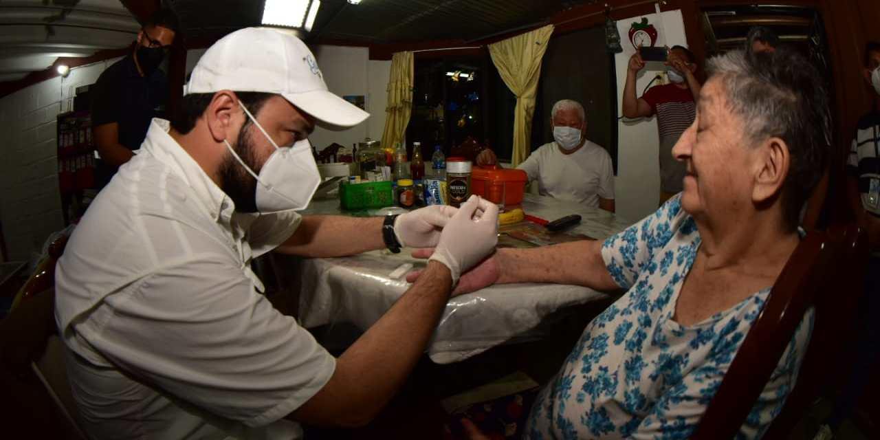 Brigadas médicas de la Gobernación recorren cantones del Guayas