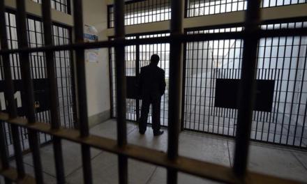 Dos Agentes de la AMT sentenciados a cinco años por venta fraudulenta de pruebas de covid-19