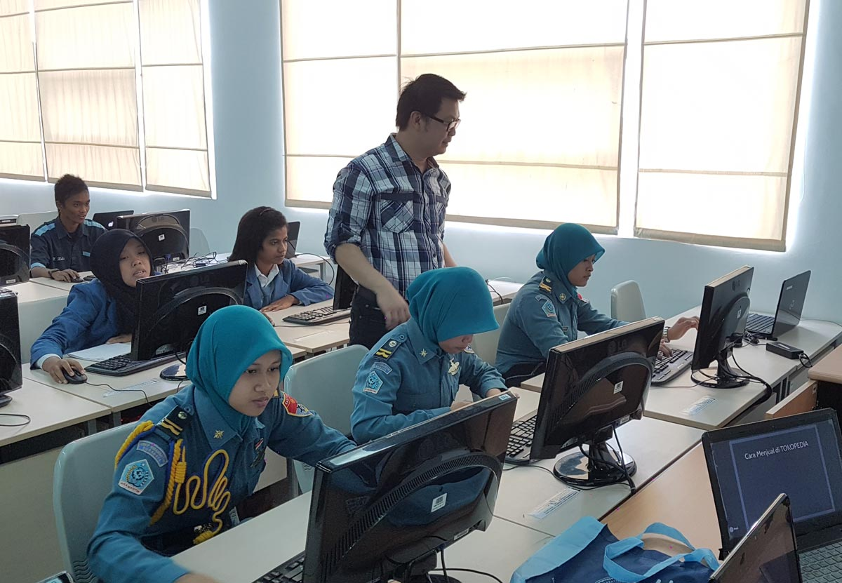 Bisnis Online Training di Universitas Ciputra (4)