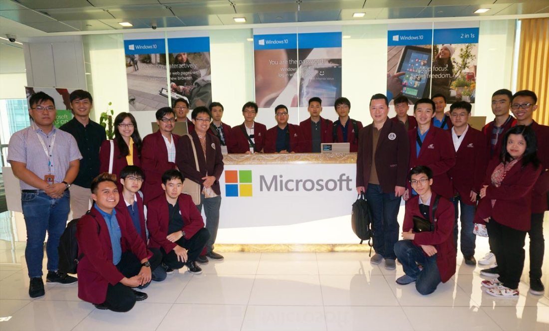 Kunjungan ke Microsoft Technological Center Singapore