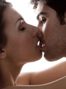 how to properly make out with a guy