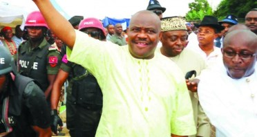 NYESOME WIKE AND SOME CHIEFTAINS OF THE PDP AT THE RALLY OF THE GDI IN PORT HARCOURT YESTERDAY