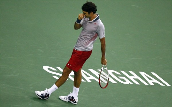 Bad Season: Federer Crashes Out of the Shanghai Open in Round Three.