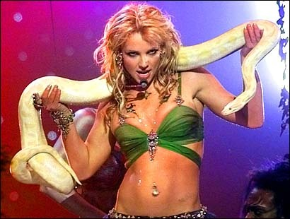 britney-spears-the-performer-dancing-with-a-snake-1