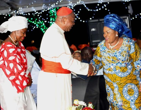 FROM LEFT: MINISTER OF STATE FOR FCT, OLOYE OLAJUMOKE AKINJIDE; ARCHBISHOP OF ABUJA DIOCESE, JOHN CARDINAL ONAIYEKAN AND FIRST LADY, DAME PATIENCE JONATHAN, AT THE NATIONAL CHRISTMAS TREE LIGHTING CEREMONY IN ABUJA ON WEDNESDAY NIGHT