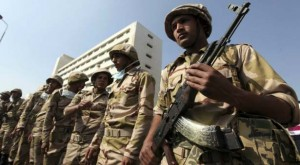 Egypt-military-enters-state-TV-newsroom-report_7-3-2013_107823_l