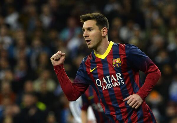 Lionel Messi Beat Alfredo Di Stefano's El Clasico Hauls With His First Strike on Sunday.