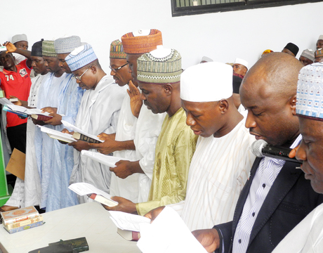 ELECTED LOCAL GOVERNMENT CHAIRMEN IN NASARAWA STATE TAKING THEIR OATH OF OFFICE IN LAFIA ON MONDAY (24/3/14).