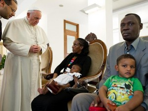 Pope Francis meets Meriam's family in Rome