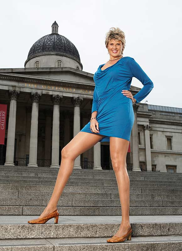 UNBELIEVABLE: Meet the lady with the longest legs in