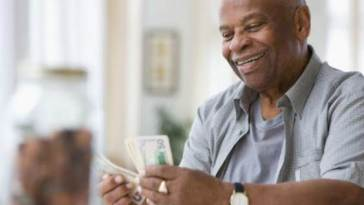 10 Effective Ways To Save More Money In An Economic Recession