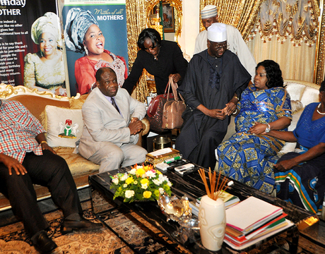 L-R: PDP BOT MEMBER, CHIEF EMMANUEL IWUANYANWU; MINISTER OF POWER, PROF. CHINEDU NEBO; PDP BOT CHAIRMAN, CHIEF TONY ANENIH; CONDOLING WITH THE FIRST LADY, DAME PATIENCE JONATHAN OVER THE DEATH OF HER STEP MOTHER. RIGHT IS THE MOTHER OF THE PRESIDENT, MRS EUNICE JONATHAN.