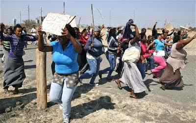 protesting South African women married to Nigerian men