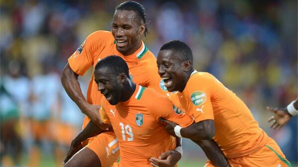Drogba Celebrates with Teammates after Grabbing the 23 Ticket for Next Summer's World Cup.