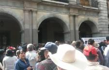 Protesta Antorcha Campesina en la capital oaxaqueña