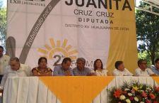 Se pronuncia diputada Juanita Cruz Cruz a favor de Estefan Garfias
