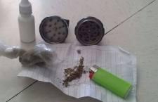 Detienen a dos jóvenes por posesión de mariguana