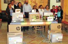 Entregan paquetes tecnológicos para Pymes de Huajuapan
