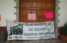 Atienden a beneficiarios del programa de vivienda en Tezoatlán
