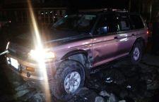 Camioneta sufre presunta volcadura