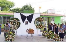 Rinden homenaje a líder de Morena en Huajuapan