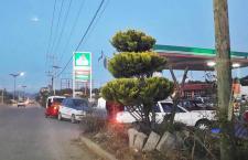 Cumplen tres días sin gasolina en Tlaxiaco