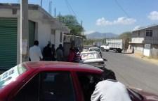 Instalan otro filtro para impedir circulación de taxis por La Estancia