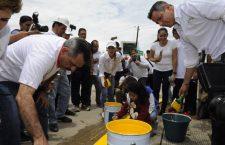 Murat y Fraguas maquillan una ciudad para turistas mientras su pueblo viva entre toneladas de basura