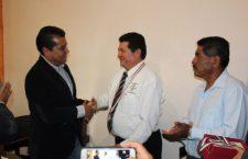 Otorgan medallas al mérito docente en Huajuapan