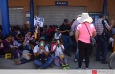 S-22 toma centros comerciales y se ufana que en Oaxaca han impedido implementar la reforma educativa