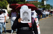 Marchan en Oaxaca a 4 años de Ayotzinapa