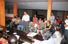 Denuncian abusos de taxistas, habitantes de Los Naranjos