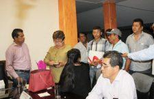 Por adeudo del gobierno de Huajuapan, Sindicato Libertad amaga con dejar de surtir material