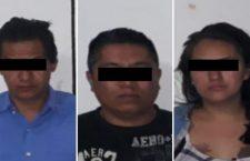 Asegurados por el supuesto delito de robo; se dirigían a Juxtlahuaca a vender una camioneta