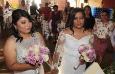 Se casan Fabiola y Dayana; tendrán derecho a seguridad social