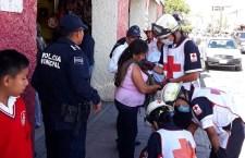 Impacta camioneta a mujer en Huajuapan