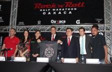 Panteón Rococó, banda principal delMedio Maratón Rock and Roll Oaxaca 2019