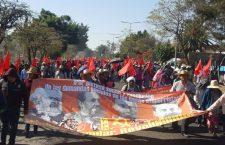 Marcha FPR, demandan permisos para taxis