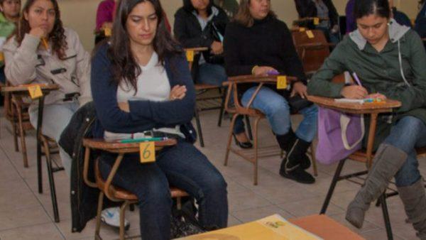 Por presentar evaluación docente remueven a 5 profesoras