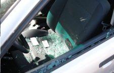 Cristalean vehículo en Huajuapan; pretendía robar | Informativo 6y7