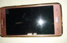 Asegurados por supuestamente tratar de llevarse a una mujer; al no lograrlo le roban su celular | Informativo 6y7