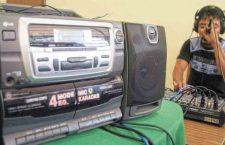 Va la Sección 22 por emisoras de radio; actualmente operan Ñuu Kaa-Radio y Tu Ñuu Sabii, en Putla y Huajuapan