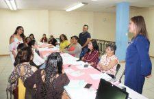 """Implementan programa """"Empoderamiento y mujeres emprendedoras"""" en Huajuapan"""