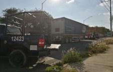 Detiene FGE a policías de Tehuacán con camión robado