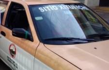 Conductor de taxi atropella a sexagenaria, se hace responsable