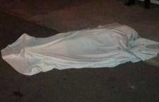 Fallece joven tras derrapar en moto en Zacatepec