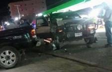 Choque de camionetas deja cinco lesionados en Nochixtlán