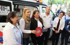 Entrega DIF estatal, ambulancia equipada a Huajuapan