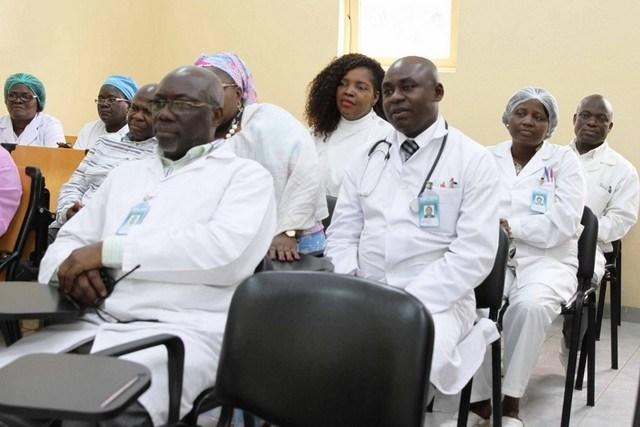 Sindicato questiona contratação no estrangeiro com médicos angolanos desempregados