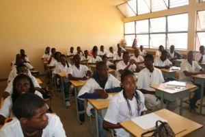 escolas secundárias públicas